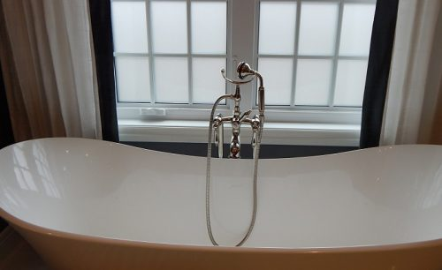 【お風呂の寒さ対策!】窓の断熱で冬の朝でも体感22度!