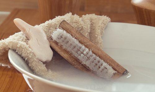 服の油汚れは水洗濯禁止!特化洗剤を使った40℃染み抜き法