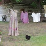 服の寿命を2倍にする染み抜き洗濯法!汗染みには合成漂白剤